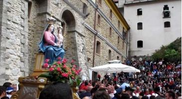 Pietà popolare, feste e liturgia